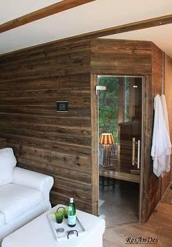 Sauna Aus Gebürstetem Altholz