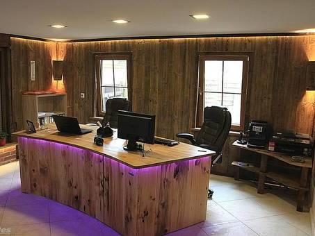 Wandverkleidung Aus Altholz Brettern Altholzbretter Wandgestaltung.  ResAnDes Büro Schreibtisch Aus Russischer Erle